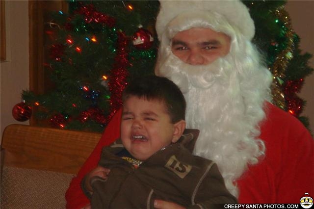 creepy-eyes-on-santa