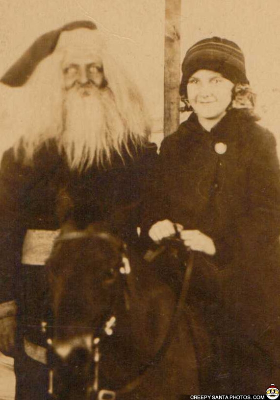 creepy-old-photo-santa