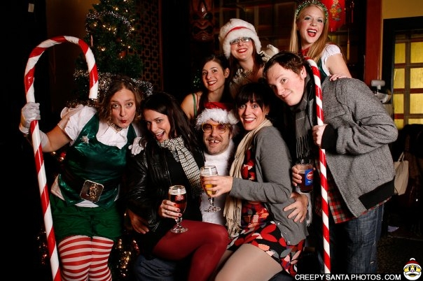 creepy-santa-drinks-stella